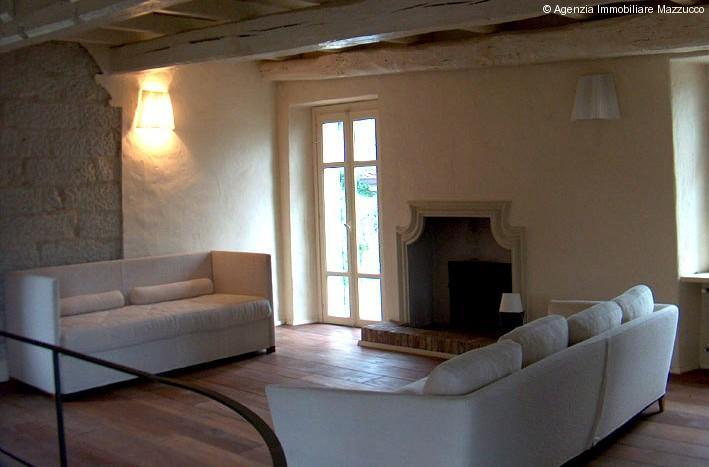 casa ristruttrata a ozzano monferrato